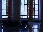 Orang Sholat di Masjid (Dok.Pacitanku)