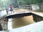 Jembatan Putus di Kismantoro. (Foto : Suara Merdeka)